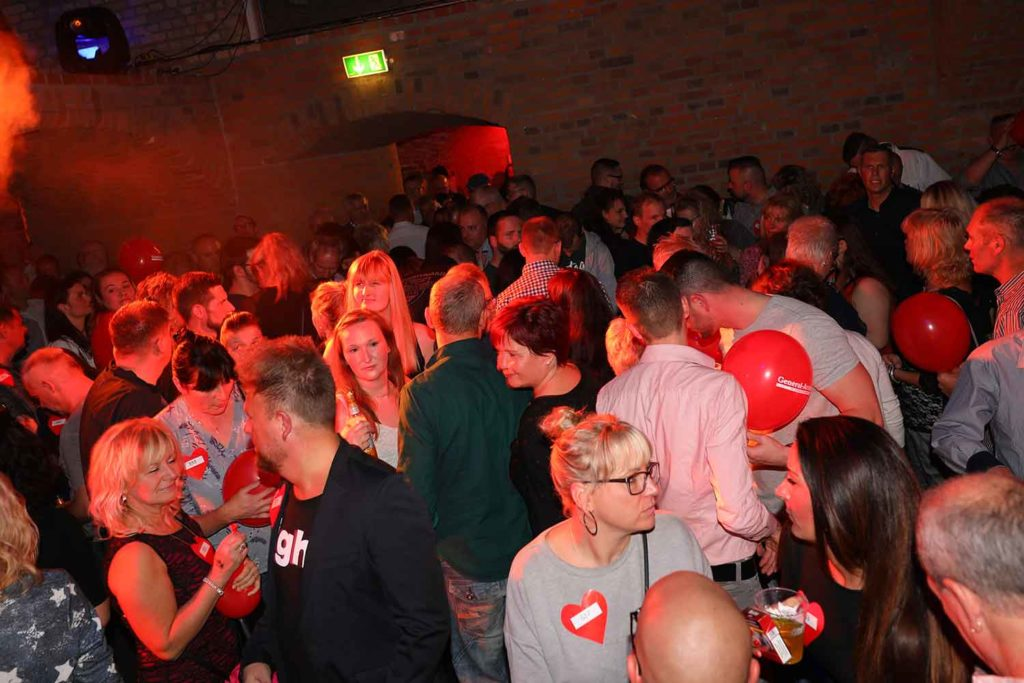 Magdeburg single party