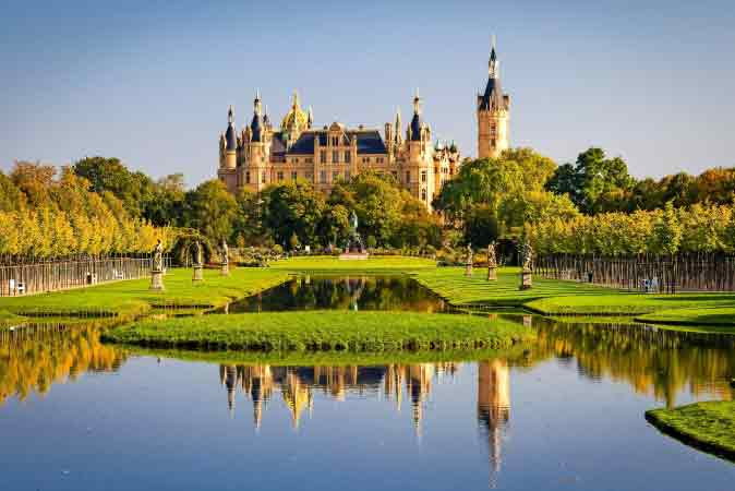 Schwerin single party